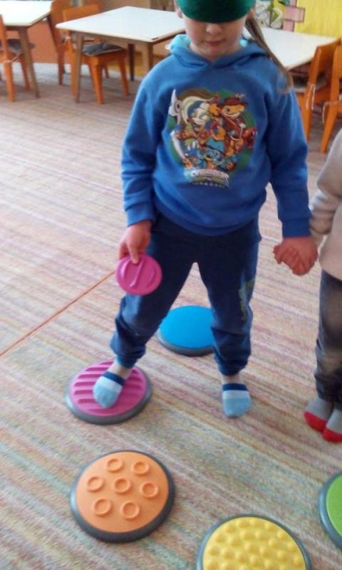 """""""Моја стопала се воле играти"""""""