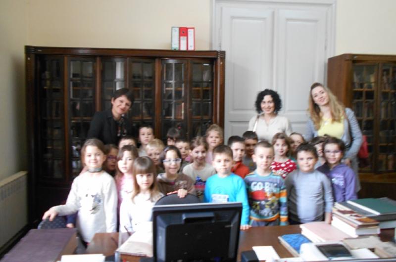 Предшколци у посети нашој библиотеци