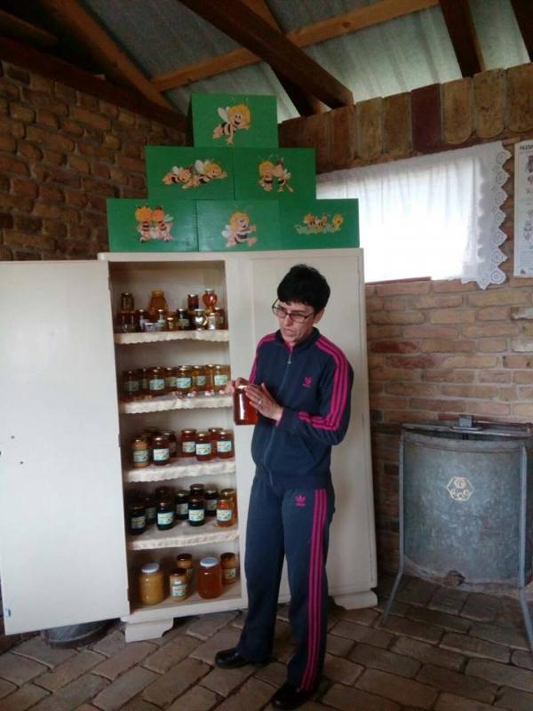 У посети пчеларском домаћинству