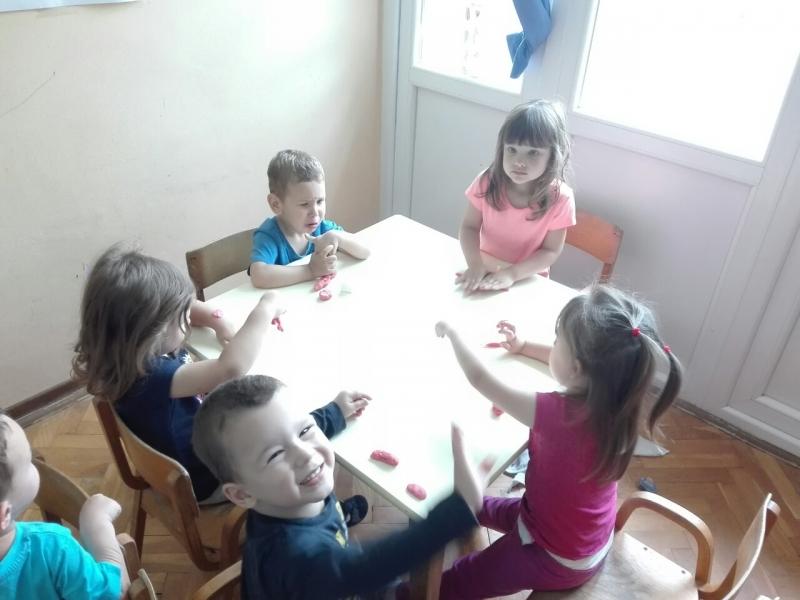 Игра пластелином